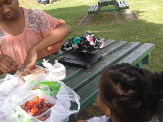 Eating healthy in the park